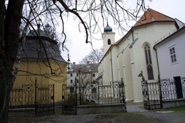 Marianka je známe pútnické miesto.