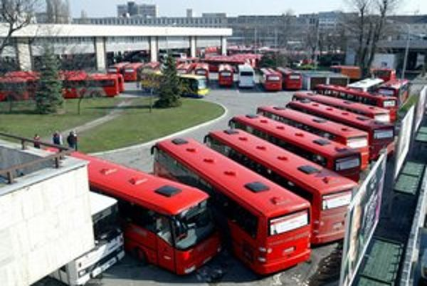 Nepravidelní cestujúci a ostatné regióny bratislavskej župy, prídu na rad v druhej etape, ktorú majú spustiť koncom roka a v budúcom roku.