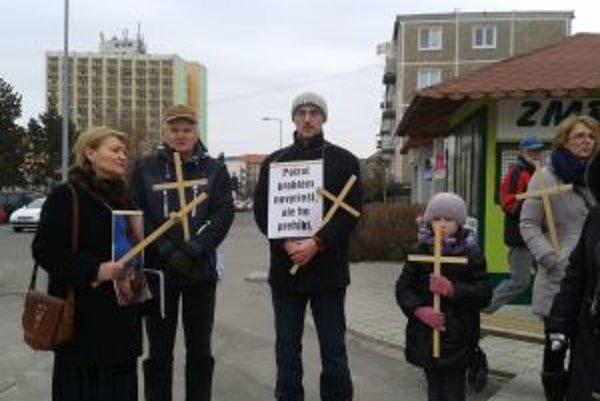 Žiarsky pochod za život. Zorganizovali ho občianske združenie Tóbi a Holúbky z Kríža.