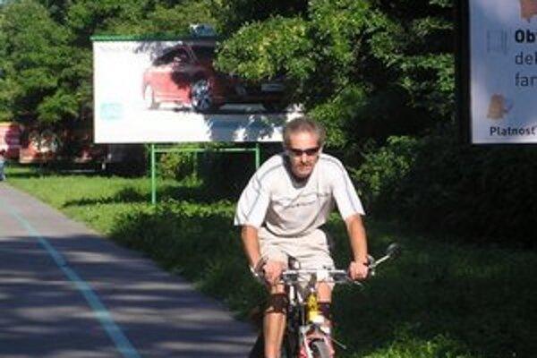 Cyklotrasa popri Devínskej dnes končí pri vstupe na ostrov Sihoť.