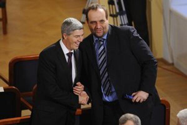 Frešo je nielen županom a predsedom SDKÚ, ale aj poslancom parlamentu.