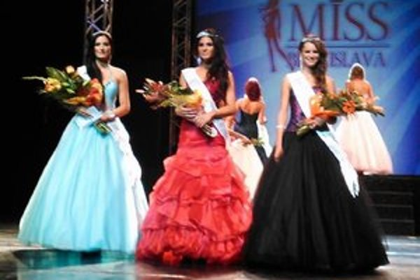 Miss Bratislava je súťaž krásy pre študujúce a pracujúce dievčatá v bratislavskom kraji od 16 - 24 rokov.