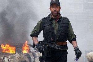 Chuck Norris má fanúšikov aj na Slovensku.