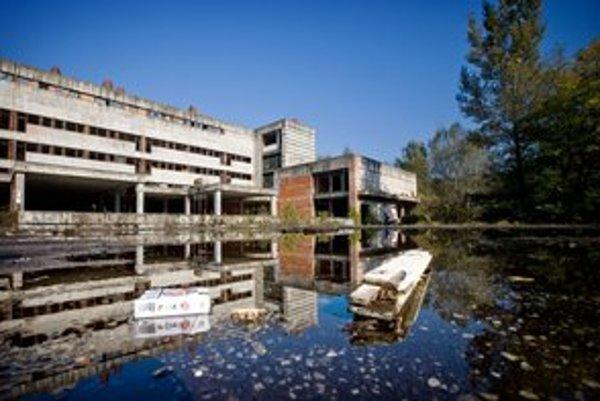 Nemocnica Rázsochy, areál chátra už viac než 20 rokov.