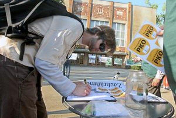 Podpisy pod petíciu za zachovanie PKO začali zbierať pred dvoma rokmi
