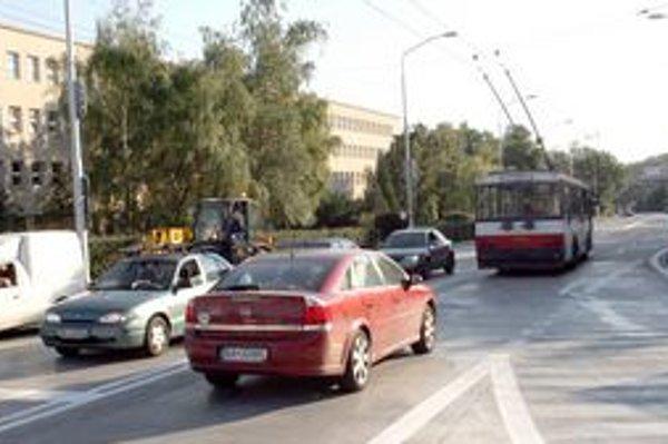 Trolejbusy by mali jazdiť k Vojenskej nemocnici po novej trase.