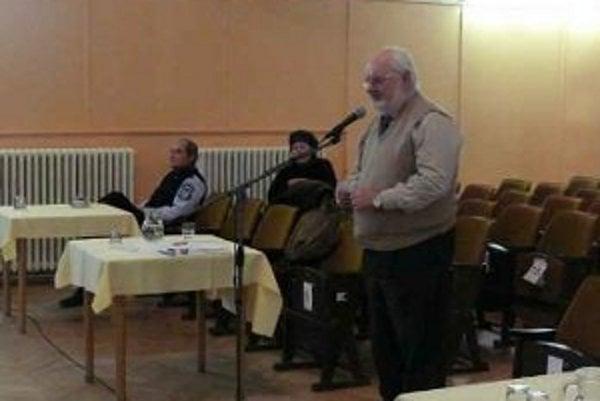 Bývalý kontrolór Modry kritizoval Zriaďovacie listiny niektorých inštitúcií.