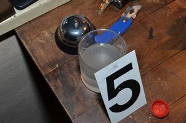 Polícia objavila výrobu pervitínu.