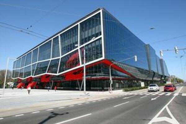 Turnaj Víkend šampiónov sa mal konať na Zimnom štadióne Ondreja Nepelu v Bratislave.
