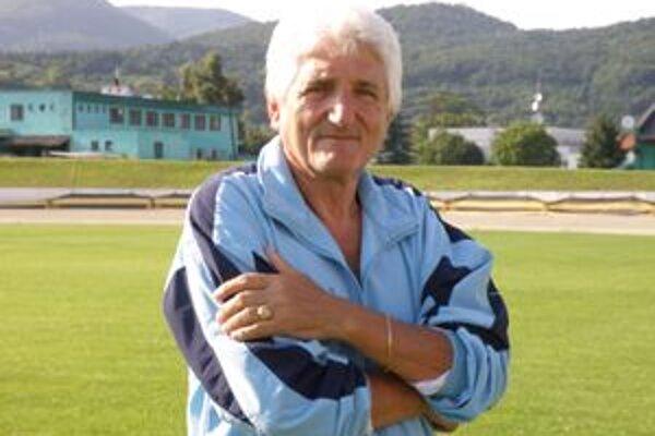 Jozef Bielik. Má bohaté skúsenosti s bojmi o záchranu. Bol úspešný aj v Žarnovici.