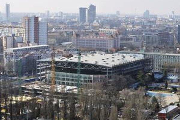 Štadión musí byť pripravený na majstrovstvá sveta v hokeji, ktoré na Slovensku budú o rok na jar.