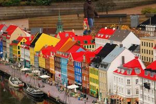 Model kodanského Nyhavnu v Legolande v Billunde.