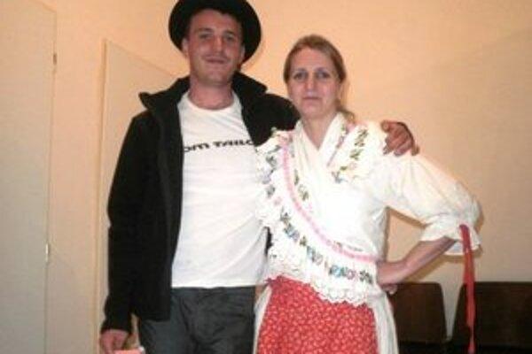 Mládeneckí richtári Andrej Kosorín a Katarína Golebová.