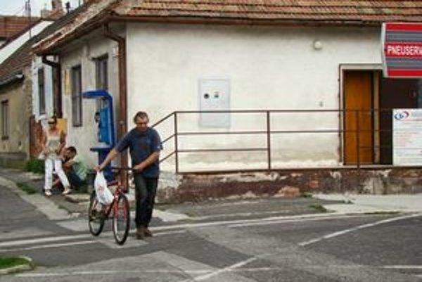 Pobočka Slovenskej pošty bude v Grinave, mestskej časti Pezinka, fungovať zrejme len do konca tohto roka.