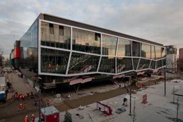 Hokejová hala pre majstrovstvá sveta vyjde na 85,9 milióna eur. Dodatky ju predražili asio 10 miliónov eur.