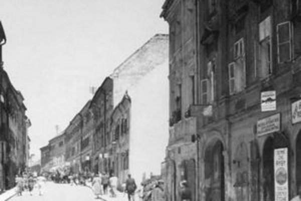 Východná strana Židovskej ulice, 1938.