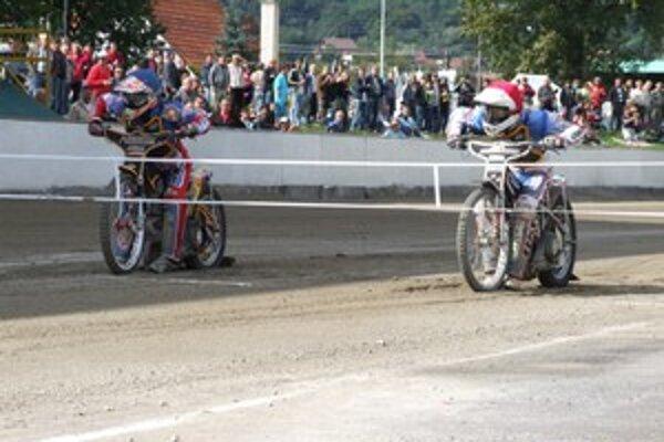 Zlatá prilba v Žarnovici má svoju tradíciu.