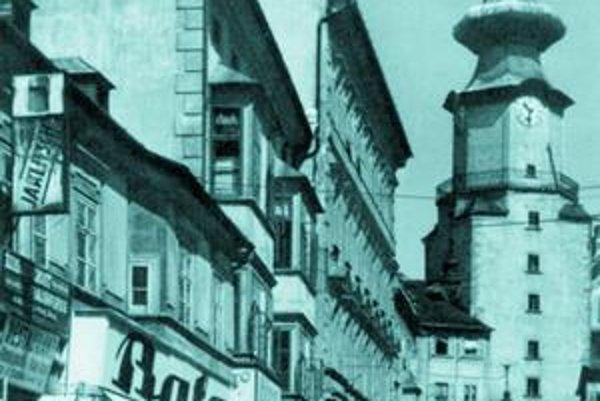 Bratislava za svoje meno vďačí až prvej republike, dovtedy sa používal názov Pozsony, Pressburg či dokonca na niekoľko mesiacov aj Wilsonovo mesto.