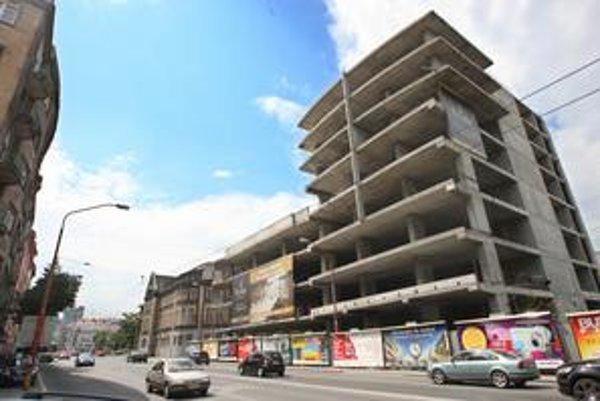 Stavba na Šancovej je v rovnakom stave už štyri roky. Dokončenie stále nemá konkrétny termín.