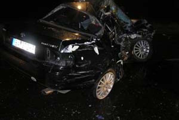 Pri nehode v okrese Malacky zomreli dvaja ľudia.