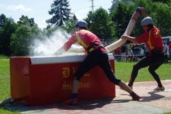 V piatom kole sa súťažilov Štefultove.