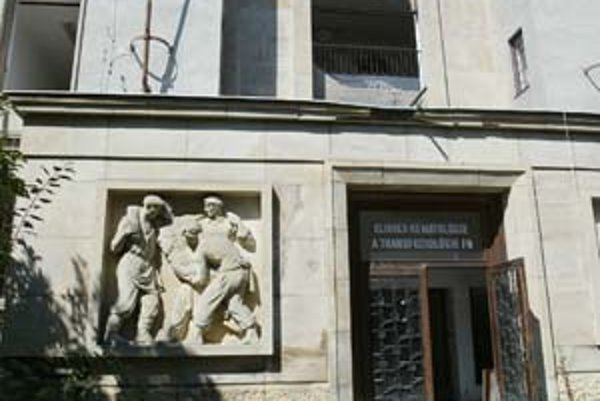 Budovu bývalej transfúznej stanice vlani zbúrali, nemocnica sa