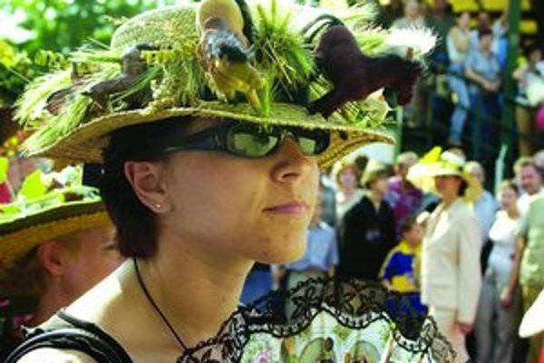 Spestrením dostihového popoludnia bude tak ako minulý rok súťaž o najelegantnejší dámsky klobúk.