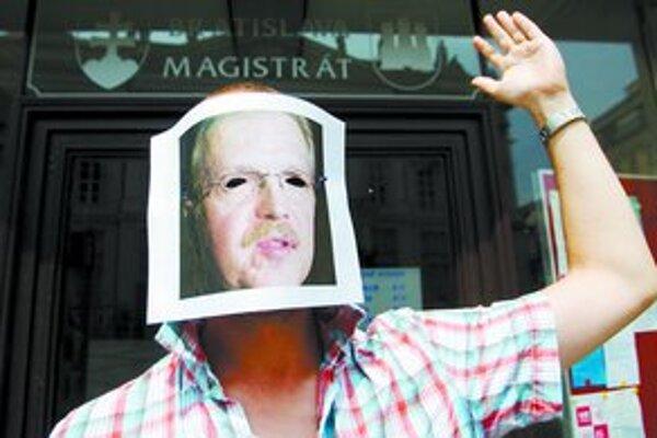 Protest pred magistrátom.