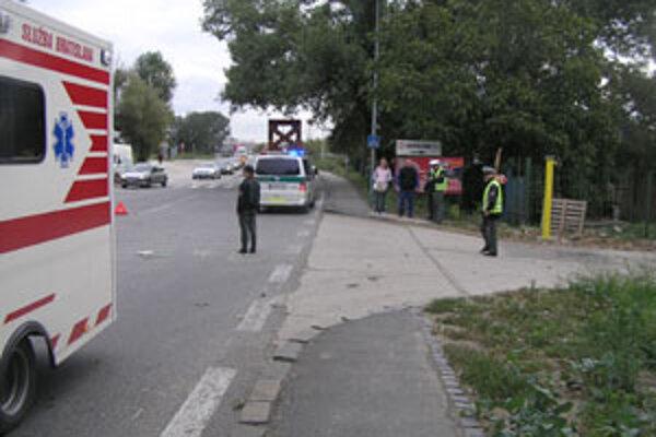 Pri nehode vo Vlčom hrdle zomrel cyklista.