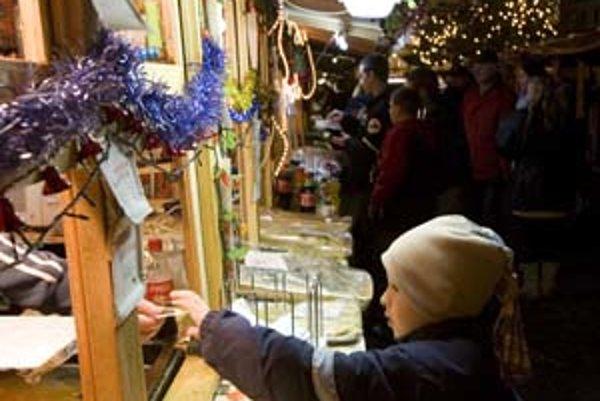 O prenájom miesta pre stánok na vianočných trhoch sa ešte dá zaujímať, treba však mať vlastný stánok.