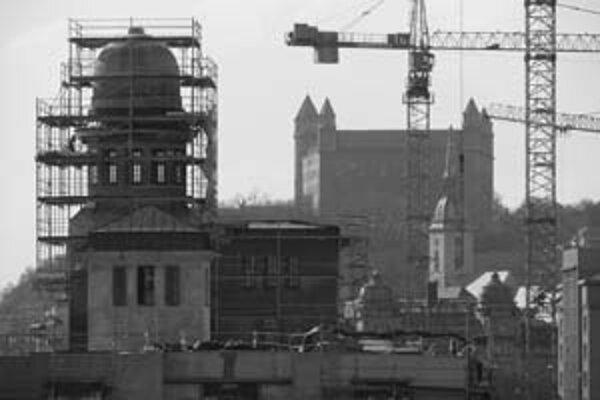 Rekonštrukcia Skladu č. 7 bola súčasťou výstavby zóny Eurovea, ktorú stavia Ballymore Properties.