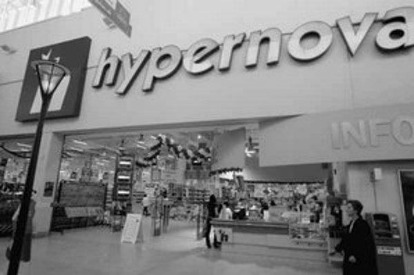 Zrušenie siete Hypernova sa v Bratislave týka len jedného hypermarketu v Avione.