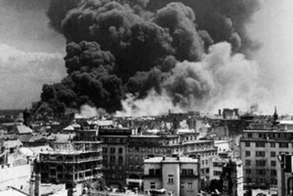 Vladimír Malík: Bombardovanie rafinérie Apollo, 1944.