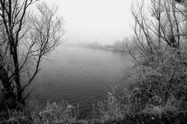 Ochranné pásmo vodného zdroja, do ktorého patrí zatiaĺ aj čunovské jazero, sa má zmeniť. O tom, čo bude s jazerom ďalej, by mal potom rozhodnúť nový správca.