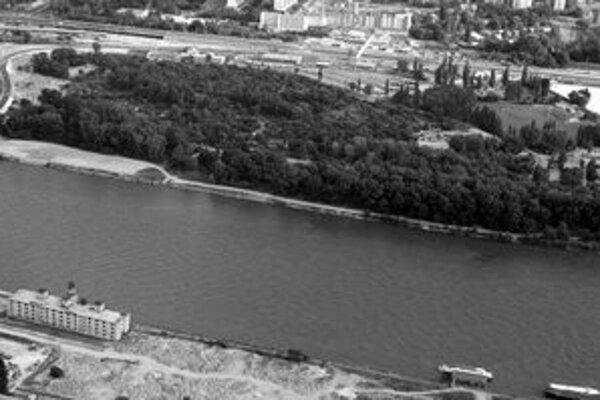 Primátor chce vybudovať nový park – mal by byť v lokalite medzi Malým a Veľkým Draždiakom. Ochranárom sa zdá vhodnejšia lokalita na petržalskom brehu Dunaja.