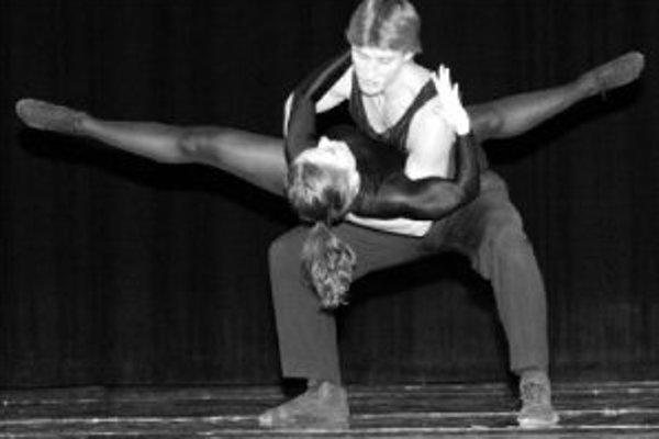 Tanečné divadlo Bralen má už svoju 31. sezónu. V novom roku prichystalo aj spoločné vystúpenie s Bohemia balet Praha. Večer moderného tanca sa v Dome kultúry Zrkadlový háj začne o 19.00. Českí hostia si vybrali choreografie Povídání s Fridou, Akvarely a S
