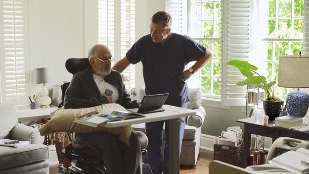 Tim Roth vo filme Chronic, ktorý do naších kín prišiel vďaka prehliadke Be2Can.