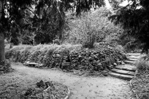 Kochova záhrada zostáva v ochrannom pásme.