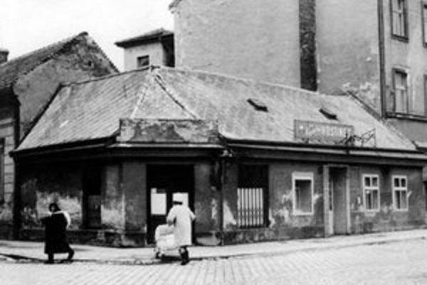 Legendárna Kysucká reštaurácia – teraz parkovisko.