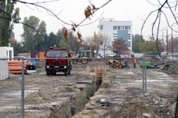 Začala sa výstavba nového obchodného centra na Gagarinovej ulici.