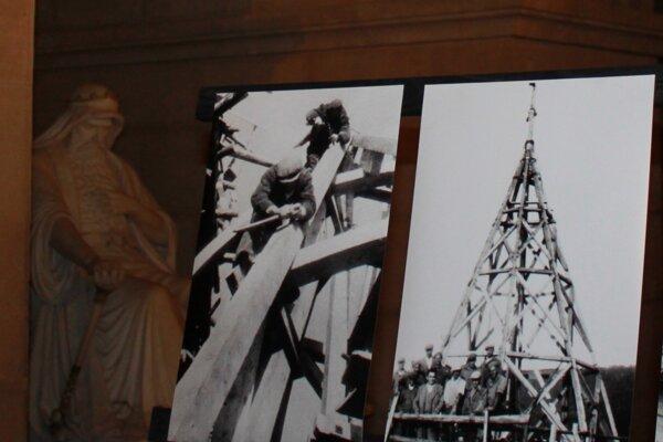 Dobové fotky približujú históriu bojnického múzea.