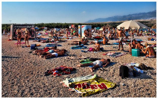 Pláž Žrče je najpopulárnejšou lokalitou mladých.