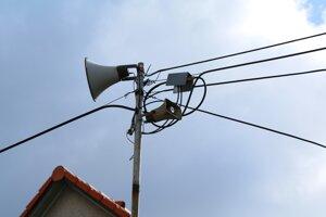 Nezriedka sa v Bojniciach rozozvučia amplióny mestského rozhlasu aj trikrát za deň.