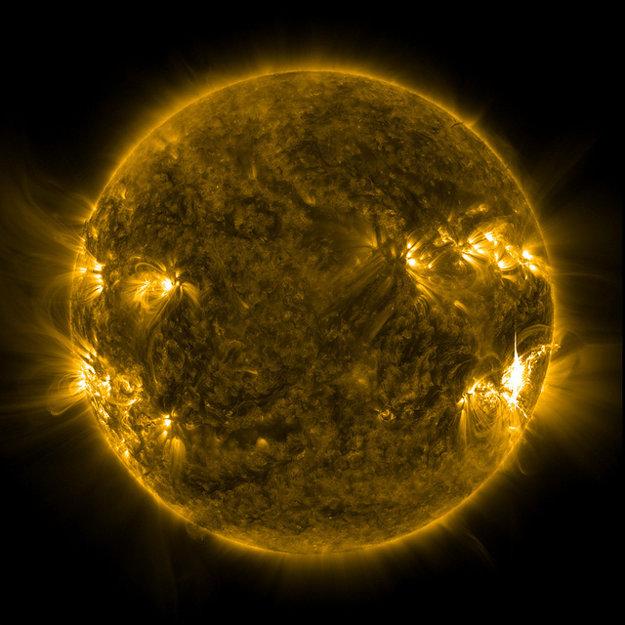 Slnečná erupcia z júla 2012 spôsobila výpadok rádiových vĺn.