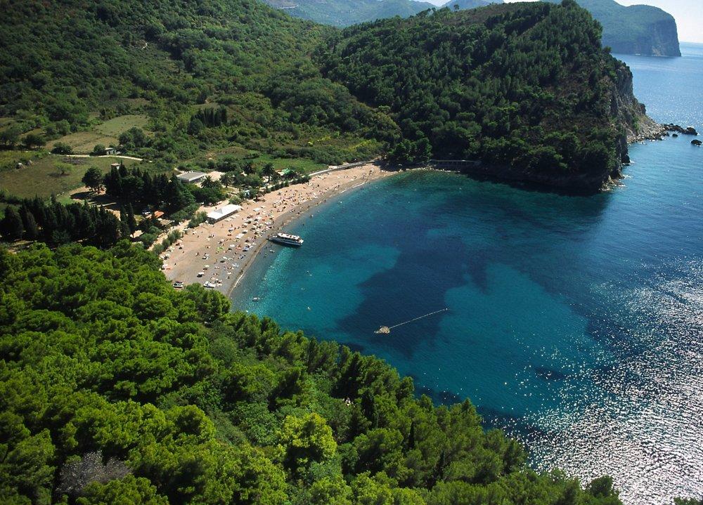 Pláž Lučice pri Petrovaci.