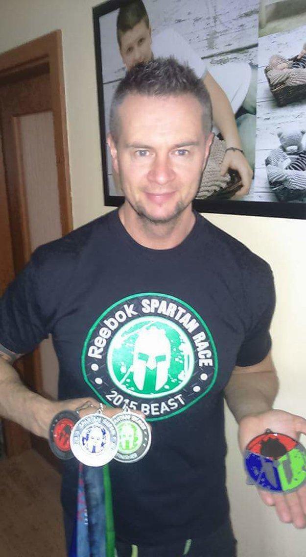 S medailami za pretek Spartan.