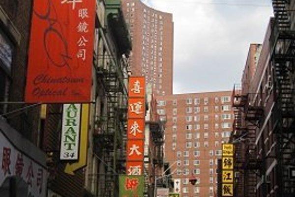 Mini Ázia vNew Yorku. Ulice neďaleko Ground Zero pripomínajú Hongkong.