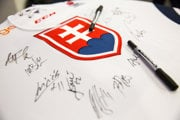 Slovenský národný tím sa predstaví na majstrovstvách sveta v hokeji 21. raz.