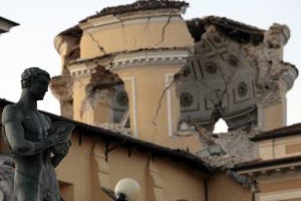 Zničené chrámy a paláce v L'Aquile budú výzvou pre renomovaných reštaurátorov.