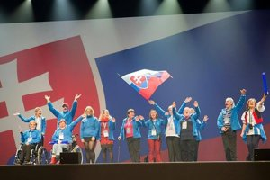 Slovenská výprava počas otváracieho ceremoniálu.